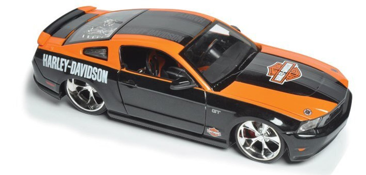 Maisto 2010 Harley-Davidson Ford Mustang GT 124 Scale Diecast Model by Maisto 12260NX