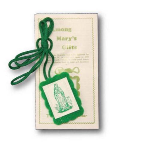 Scapular: Green With Leaflet