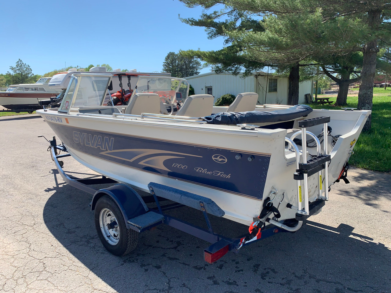 1998 Sylvan 1700 Blue Fish 17' Aluminum Deep-V Walk Through Winshield Fishing Boat with Trailer