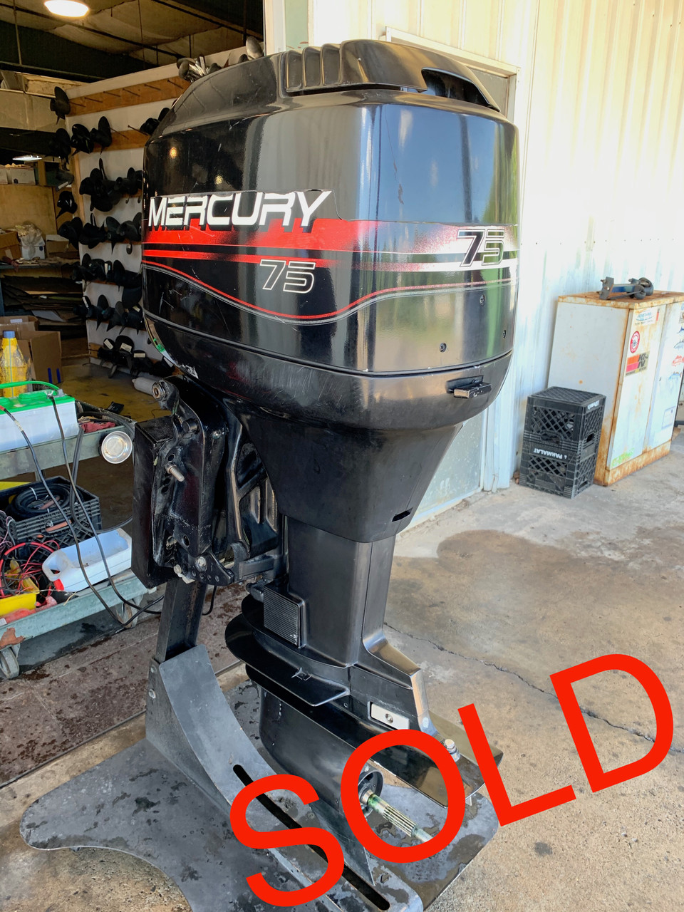 """1999 Mercury 75 HP 3 Cylinder Carbureted 2 Stroke 20"""" (L) Outboard Motor"""