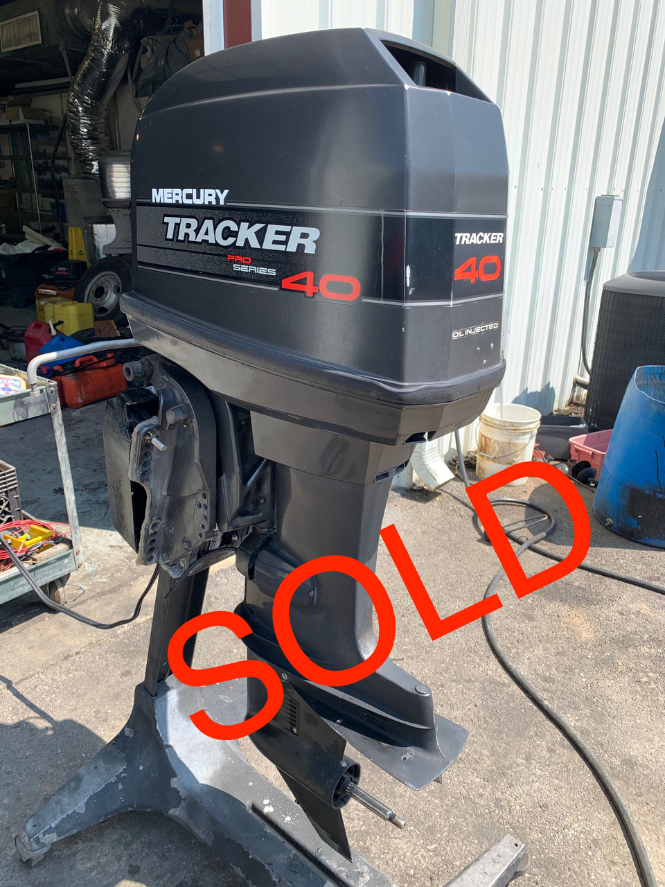 """1995 Mercury Tracker 40 HP Pro Series 4 Cylinder Carbureted 2 Stroke 20"""" (L) Outboard Motor"""