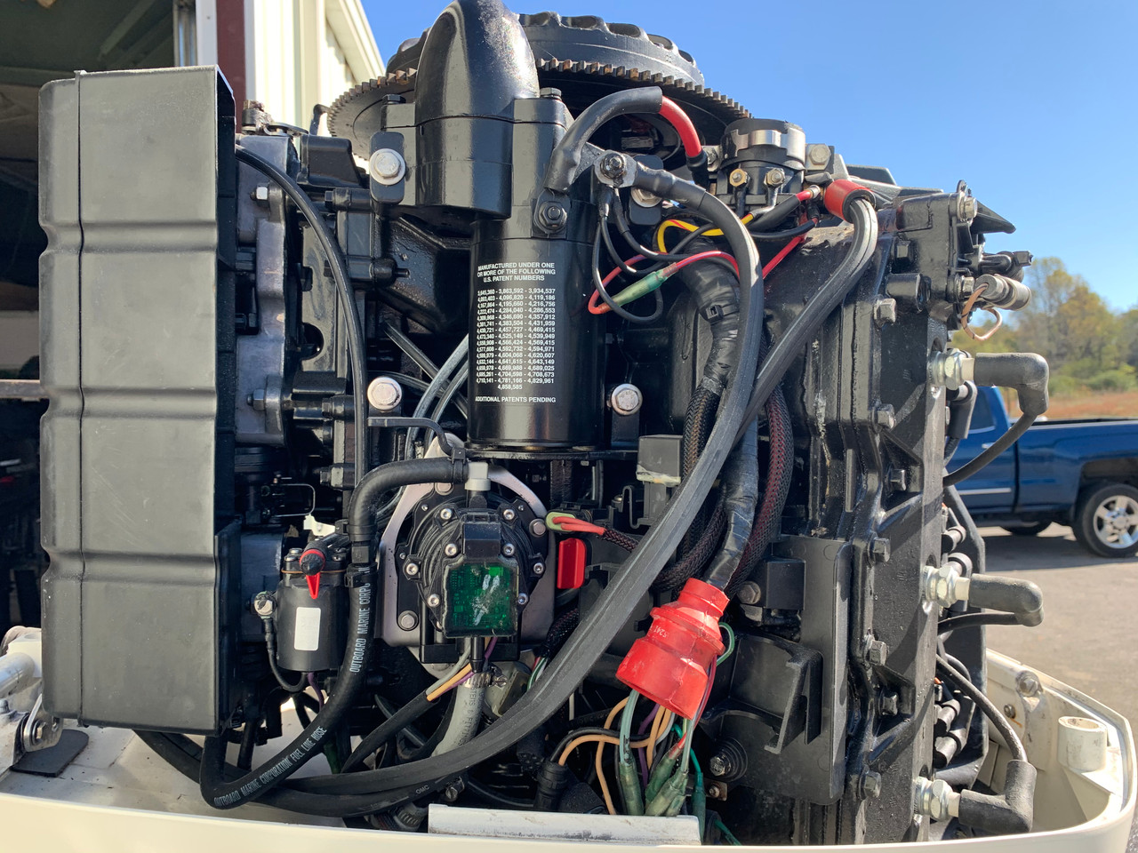 "1996 Johnson 200 HP OceanPro V6 Carbureted 2 Stroke 25"" (X) Outboard Motor"