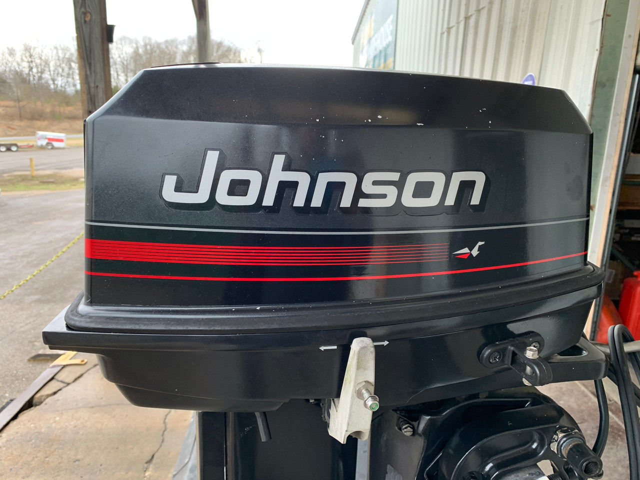"1996 Johnson 30 HP 2 Cylinder Carbureted 2 Stroke 20"" (L) Outboard Motor"
