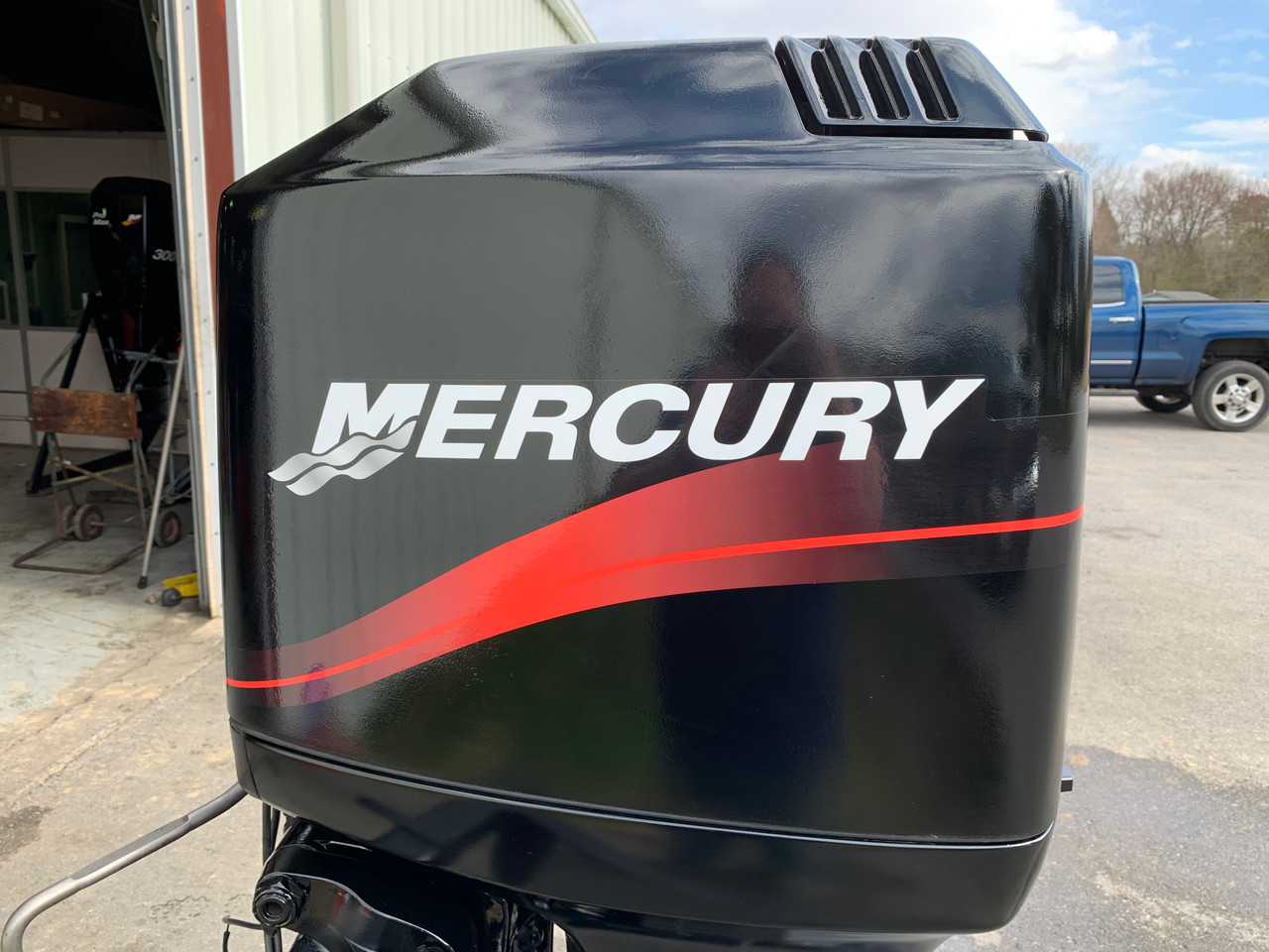 "1999 Mercury 115 HP 4 Cylinder Carbureted 2 Stroke 20"" (L) Outboard Motor"
