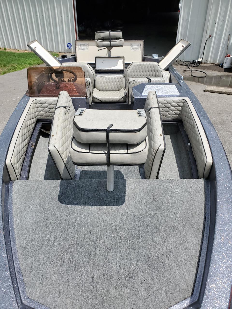 1985 Ranger 18' Fiberglass Boat with Trailer