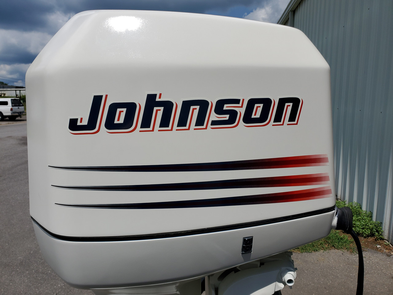 "1999 Johnson/Evinrude 225 HP V6 Carb 2-Stroke 25"" (X) Outboard Motor"