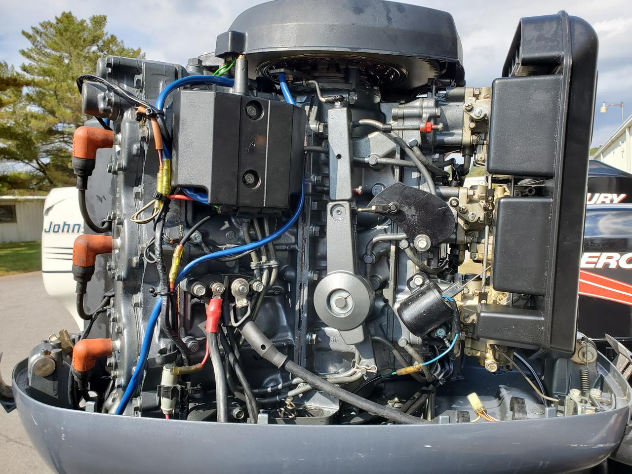 "1996 Yamaha 200 HP V6 Carbureted 2-Stroke 25"" (X) Outboard Motor"