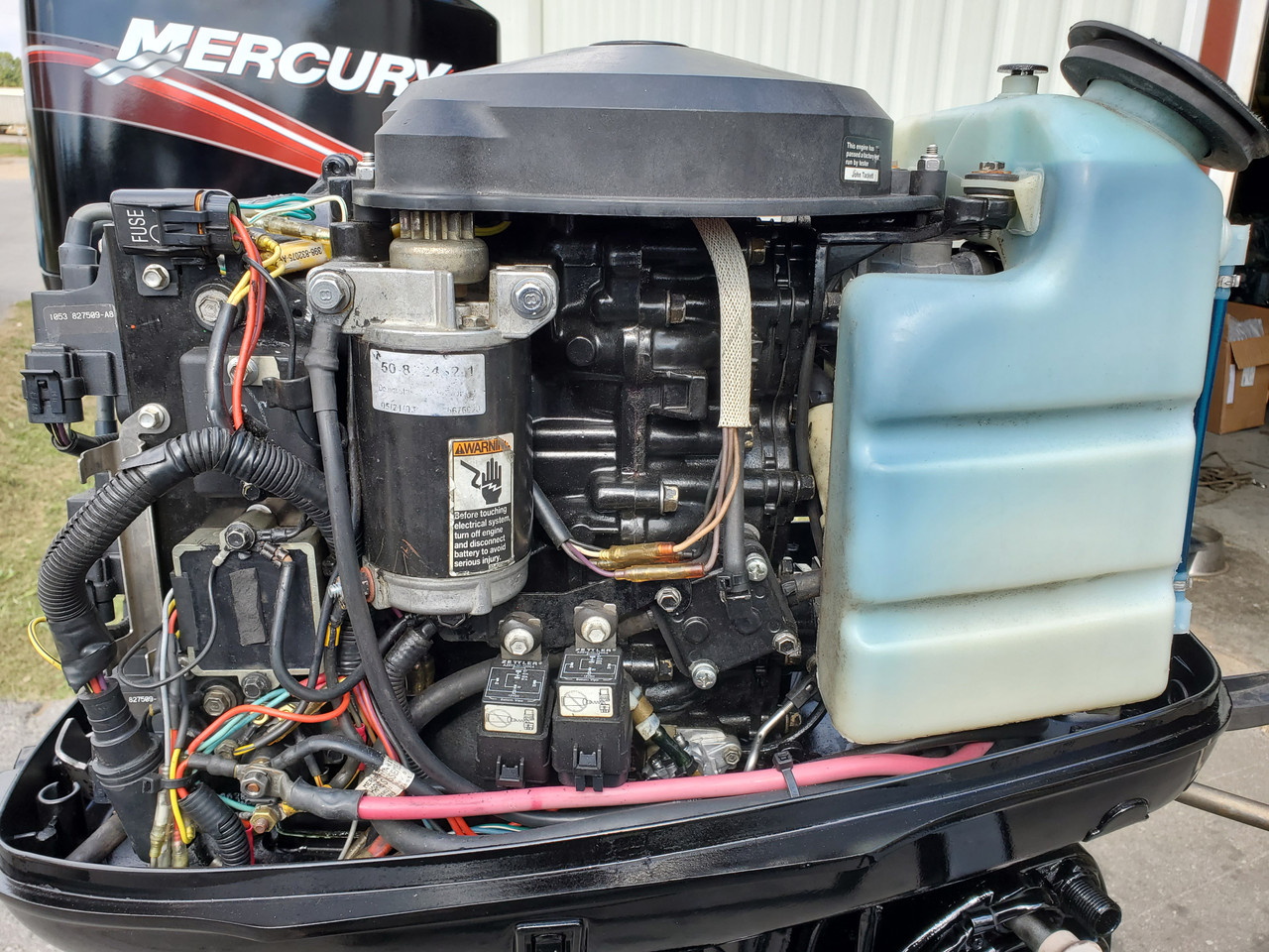 """2005 Mercury 50 HP 3-Cylinder Carbureted 2-Stroke 20"""" (L) Outboard Motor"""