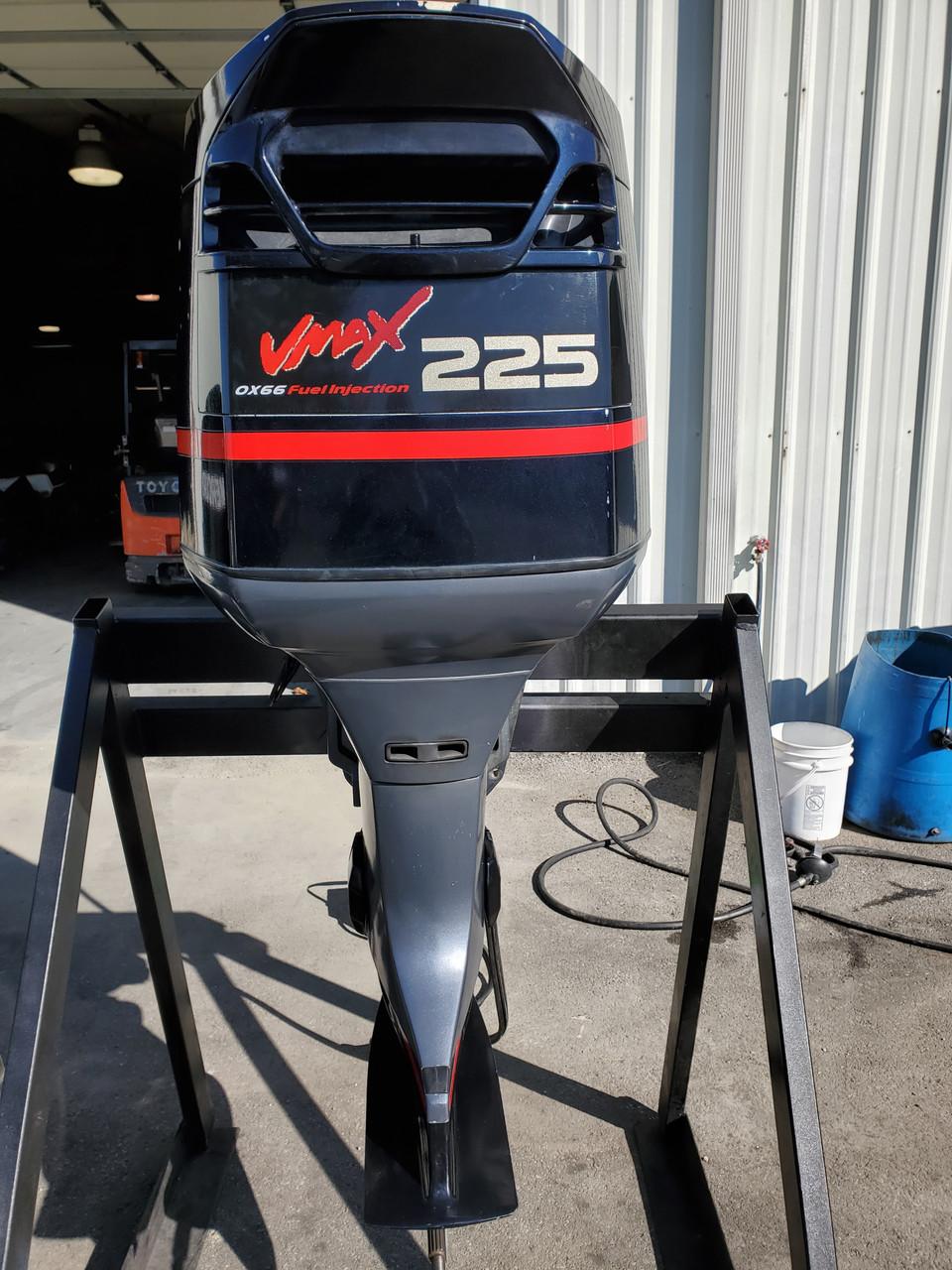 "2001 Yamaha VMAX 225 HP 6-Cyl EFI 2-Stroke 20"" (L) Outboard Motor"