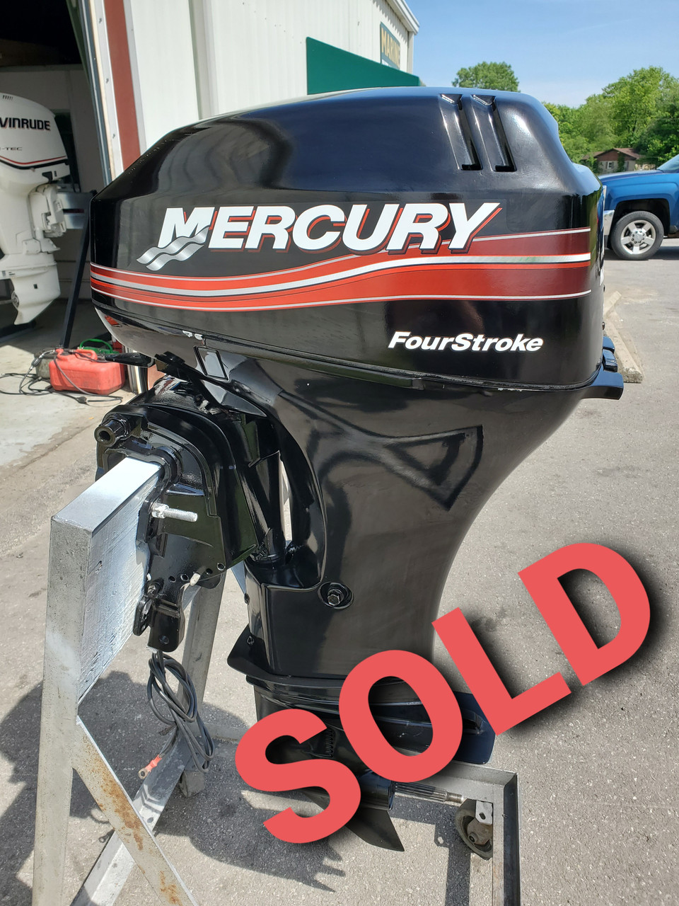 """2005 Mercury 25 HP 2-Cylinder Carbureted 4-Stroke 20"""" (L) Outboard Motor"""