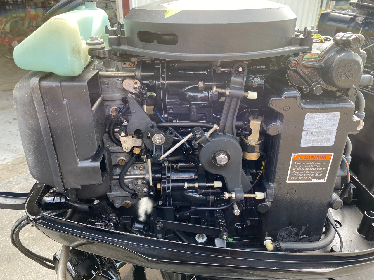 """2001 Mercury 50 HP 3-Cyl Carbureted 2-Stroke 20"""" (L) Outboard Motor"""