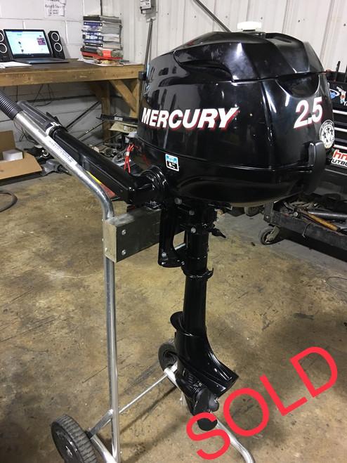 """2009 Mercury 2.5 HP 4-Stroke Tiller 15"""" Outboard Motor"""