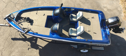 2003 Tracker Nitro NX750 17' Bass Boat w/Mercury 90 HP Motor and Trailer