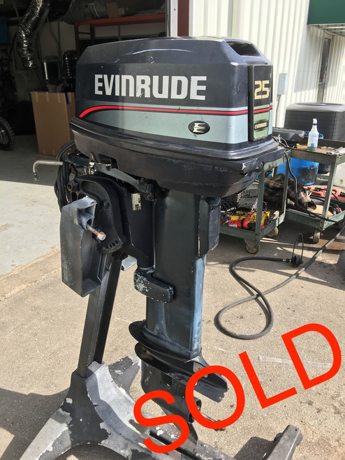 "1997 Evinrude 25 HP 2 Cylinder Carb. 2-Stroke 20"" Outboard Motor"