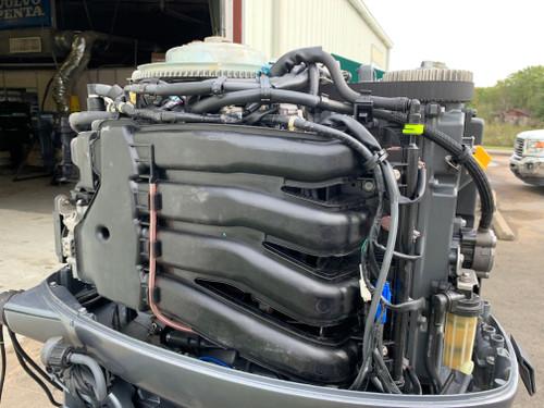 "2013 Yamaha F115 HP 4 Cylinder EFI 4 Stroke 25"" (X) Outboard Motor"