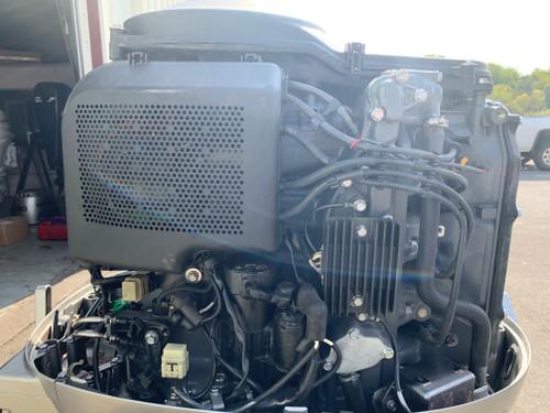 """1999 Honda 90 HP 4 Cylinder Carbureted 4 Stroke 20"""" (L) Outboard Motor"""