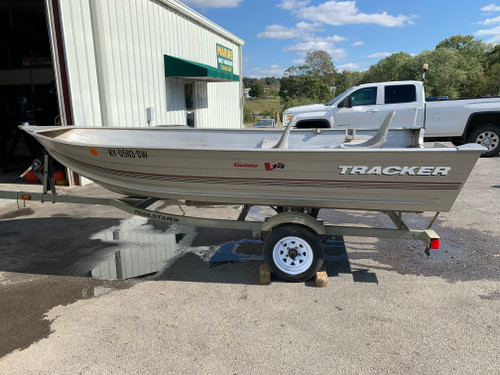 2001 Tracker Guide V14 14' Aluminum Jonboat with Trailer