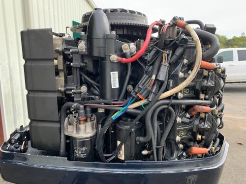 """2002 Evinrude 200 HP V6 DFI 2 Stroke 20"""" (L) Outboard Motor"""