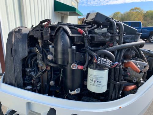 "2007 Evinrude 115 HP ETec V4 DFI 2 Stroke 20"" (L) Outboard Motor"