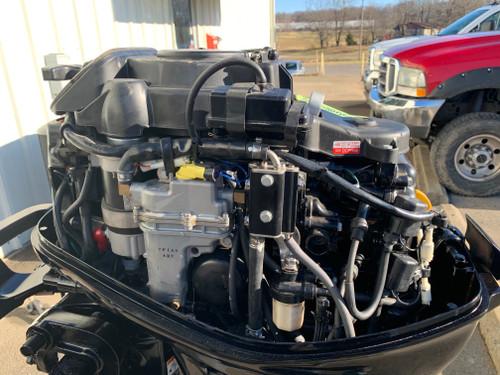 """2014 Mercury 25 HP 3 Cylinder EFI 4 Stroke 20"""" (L) Tiller Outboard Motor"""