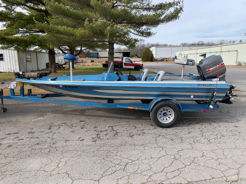 1985 ProCraft 1750V 17' Fiberglass Bass Boat with 1986 Mariner 150 HP Outboard Motor and Trailer