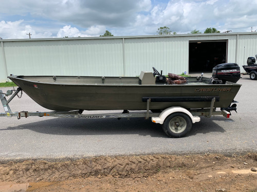 2000 Crestliner 16' Aluminum V-Bottom Jon Boat with 2003 Mercury Tracker 40 HP Outboard Motor and Trailer