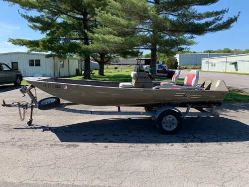 2005 G3 1756VBW 17' Aluminum Center Console Utility Boat with Trailer