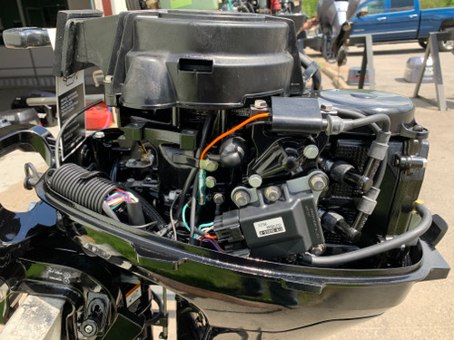 "2020 Mercury 9.9 HP 2 Cylinder Carbureted 4 Stroke 25"" (X) Command Thrust Tiller Outboard Kicker Motor"