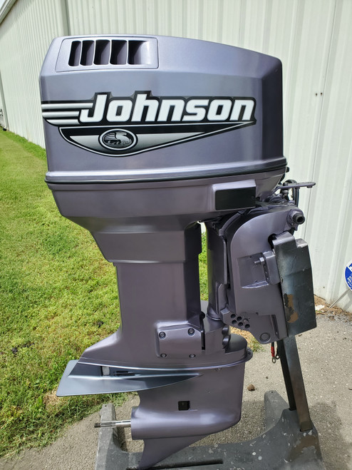 "2000 Johnson 115 HP V4 Carbureted 2 Stroke 20"" (L) Outboard Motor"