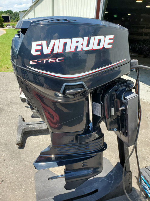 "2012 Evinrude E-TEC 40 HP 2 Cylinder DFI 2-Stroke 20"" (L) Outboard Motor"