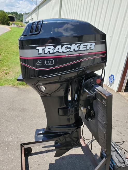 "2002 Tracker 40 HP 2 Cylinder Carbureted 2-Stroke 20"" (L) Outboard Motor"