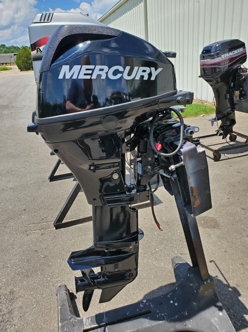 "2014 Mercury 20 HP 2 Cyl Carbureted 4-Stroke 20"" (L) Outboard Motor"