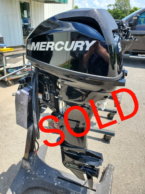 """2014 Mercury 20 HP 2 Cyl Carbureted 4-Stroke 20"""" (L) Outboard Motor"""