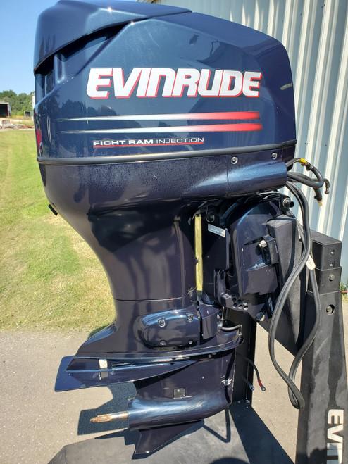 """2002 Evinrude 115 HP 4-Cyl DFI 2-Stroke 20"""" (L) Outboard Motor"""