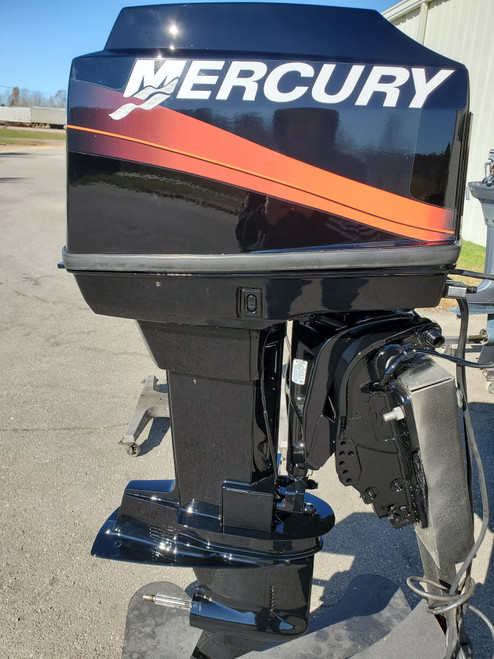 "2000 Mercury 60 HP 3-Cyl Carbureted 2-Stroke 20"" (L) Outboard Motor"