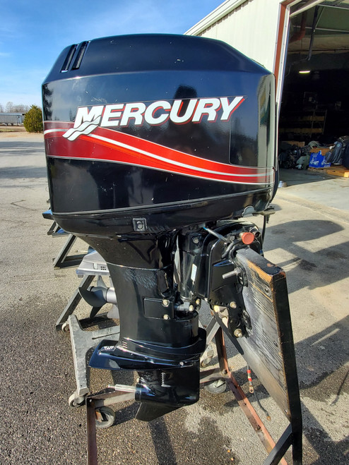 """2006 Mercury 50 HP 3-Cyl Carbureted 2-Stroke 20"""" (L) Outboard Motor"""
