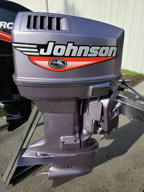"1996 Johnson 115 HP 4-Cylinder Carbureted 2-Stroke 20"" (L) Outboard Motor"