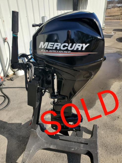 "2011 Mercury 25 HP 3-Cylinder EFI 4-Stroke 20""(L) Outboard Motor"