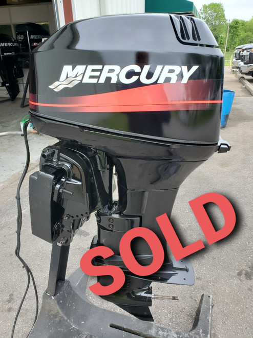 """2002 Mercury 40 HP 2-Cyl Carbureted 2-Stroke 20"""" (L) Outboard Motor"""