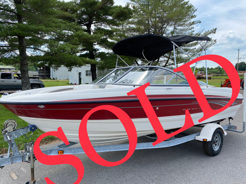 2008 Bayliner 195 19.5' Fiberglass Runabout Boat with 4.3L Inboard Motor and Bimini Top