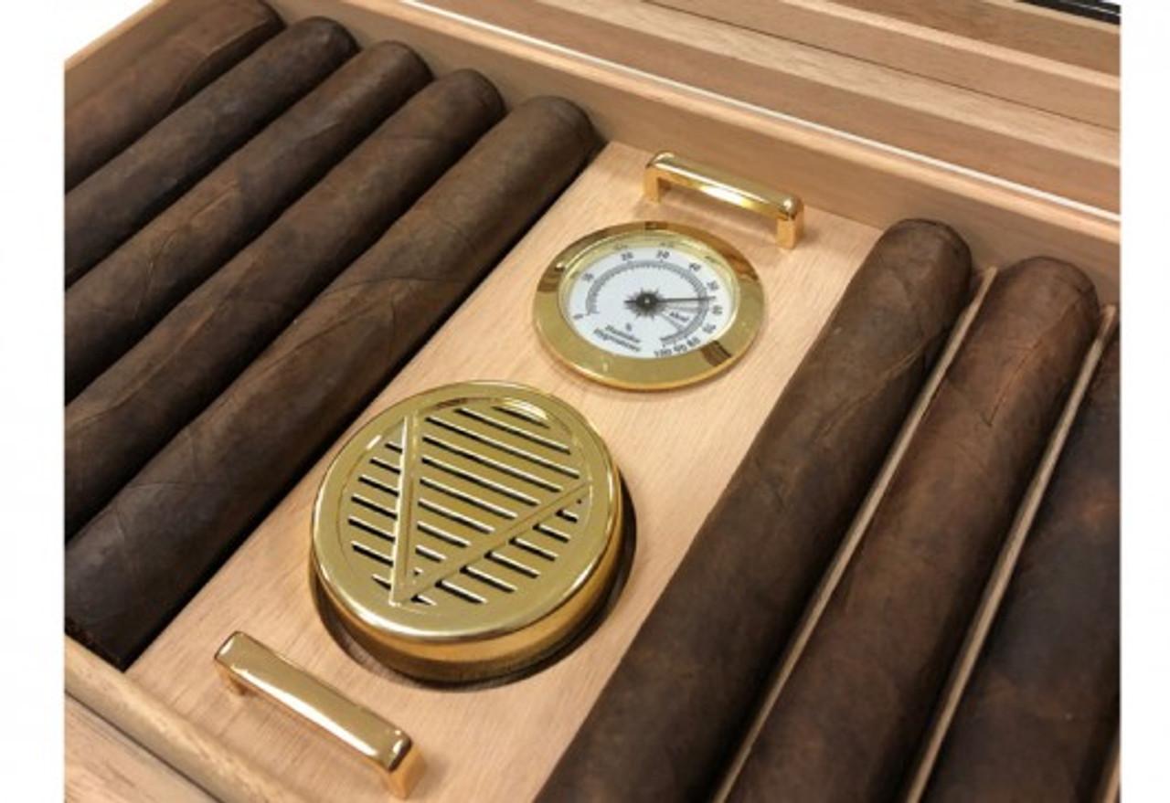 Glasstop Cigar Humidor: The Braydon