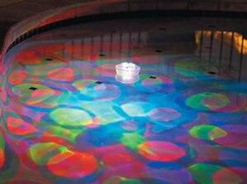 GAME Aqua Glow The Underwater Light Show