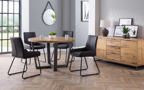 Brooklyn Round Dining Table with 4 Soho Chairs