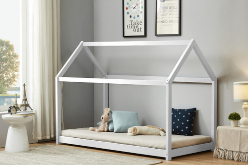 House Bed in White