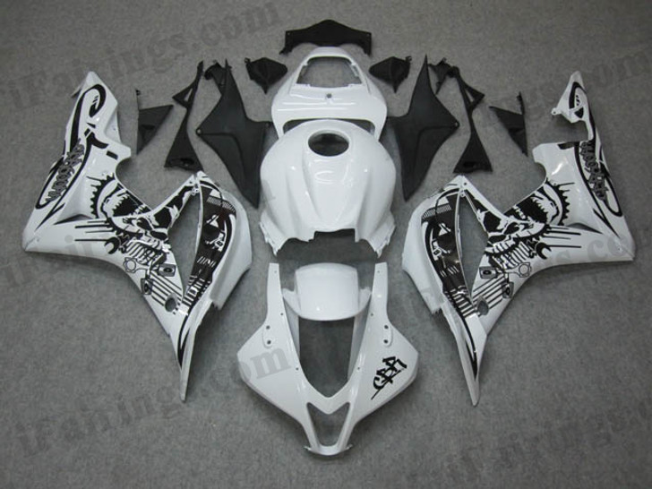 Honda CBR600RR 2007 2008 custom white fairing kits, this Honda CBR600RR 2007 2008 plastics was applied in custom whitegraphics, this 2007 2008 CBR600RR fairing set comes with the both color and decals shown as the photo.If you want to do custom fairings for CBR600RR 2007 2008,our talented airbrusher will custom it for you