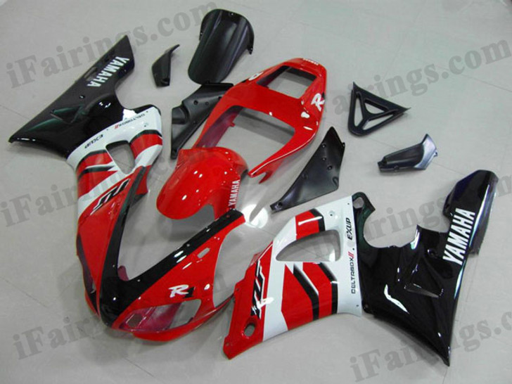 Yamaha YZF-R1 1998 1999 candy red and black fairing kits, this Yamaha YZF-R1 1998 1999 plastics was applied in candy red and blackgraphics, this 1998 1999 YZF-R1 fairing set comes with the both color and decals shown as the photo.If you want to do custom fairings for YZF-R1 1998 1999,our talented airbrusher will custom it for you.