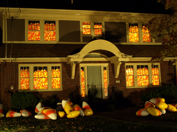 AAA Candy Corn House! (for illustration only, see 'house full of' category for best pricing))