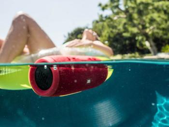 JBL Charge 3 Parlante inalámbrico - Bluetooth Resistente al Agua