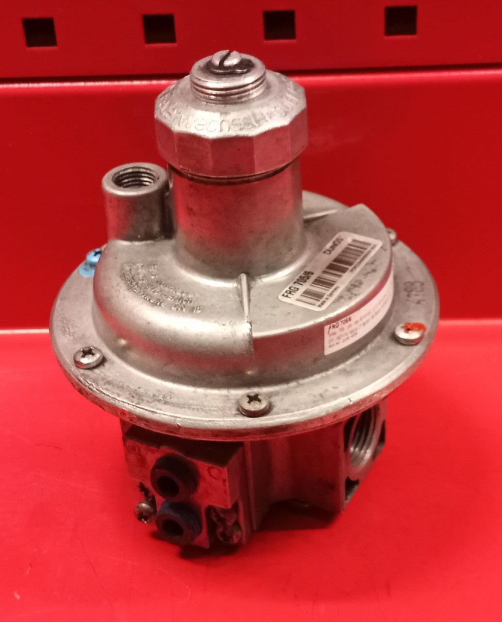 Dungs FRG 705/6 Pressure Regulator (USED)