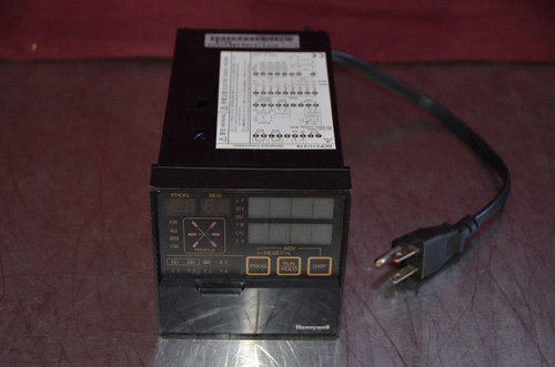 Yamatake Honeywell DCP 216 DCP2160DK09E00000 Digital Controller